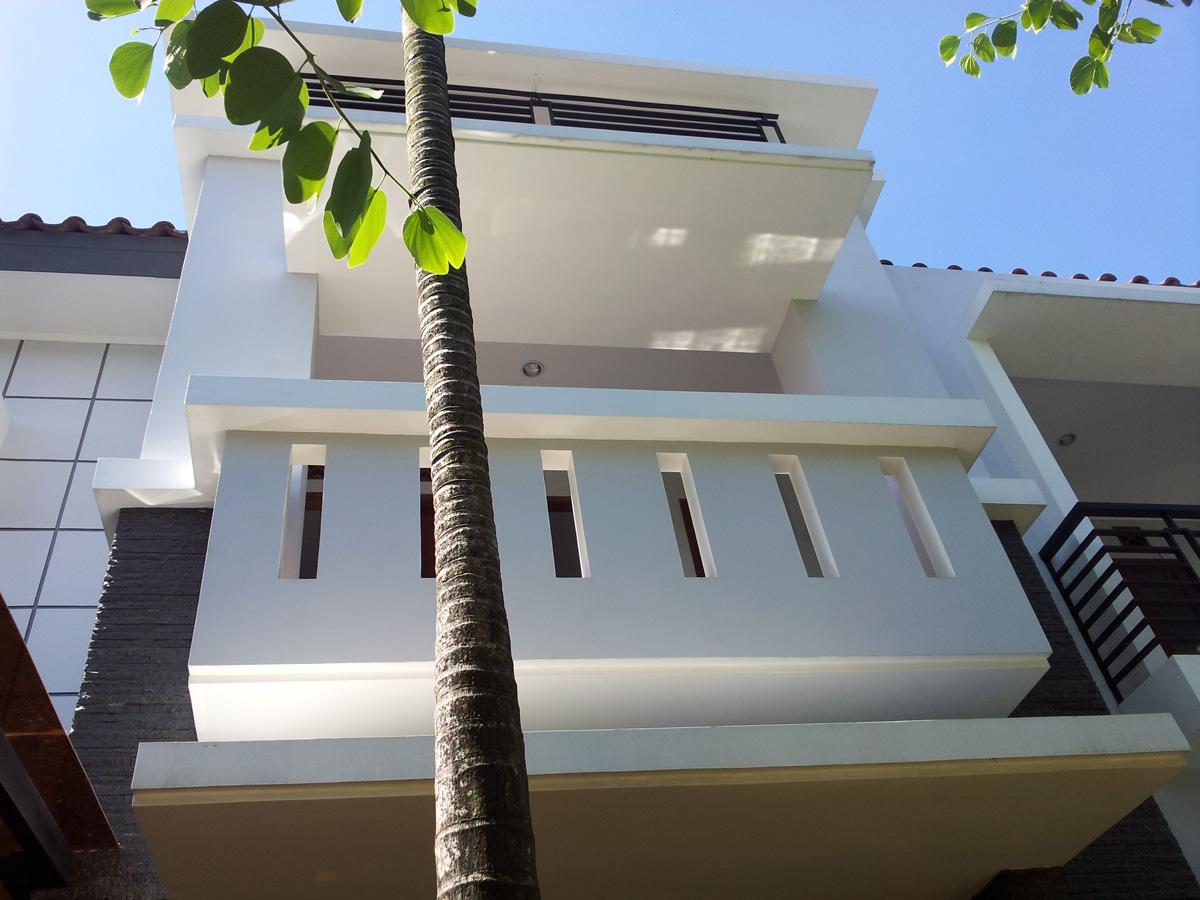 Fasade rumah puri bintaro sektor 9
